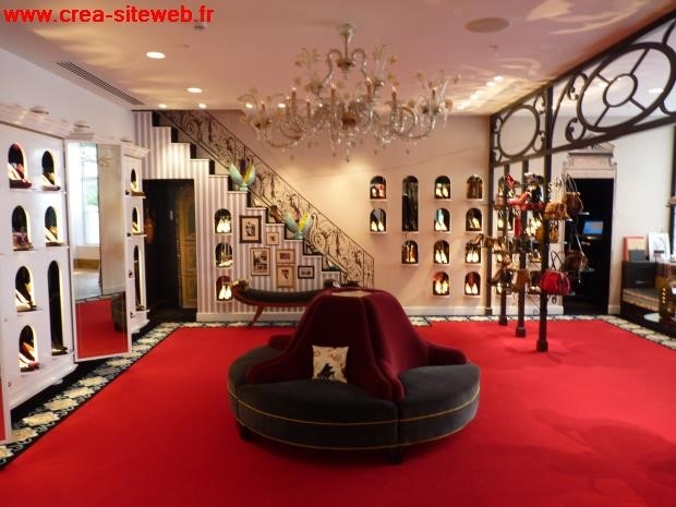 boutique louboutin paris contact